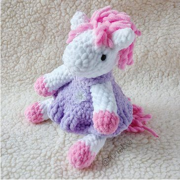 Плюшевая пони амигуруми