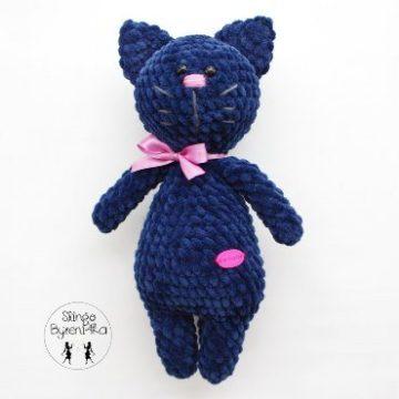 Плюшевый кот амигуруми