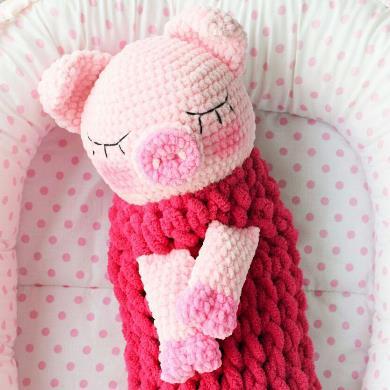 Вязаная пижамница свинка
