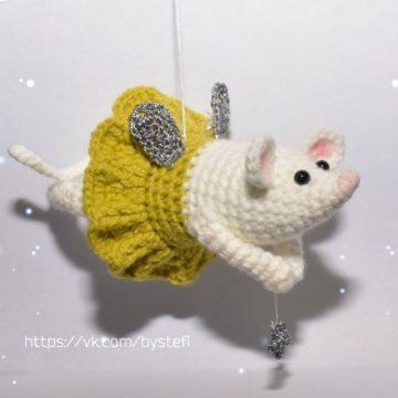 Мышка амигуруми