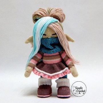 Вязаная кукла Гномушка крючком