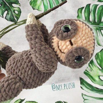Вязаный ленивец крючком