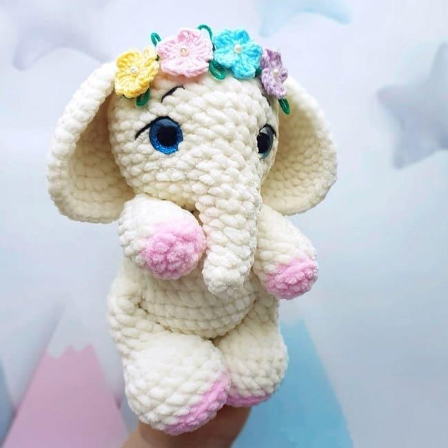 Плюшевый слоник крючком
