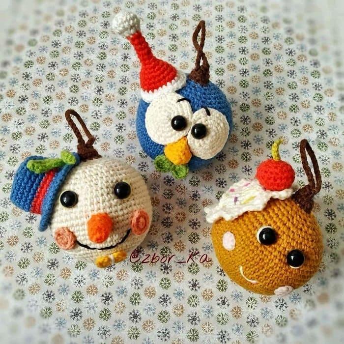 Новогодние шарики крючком