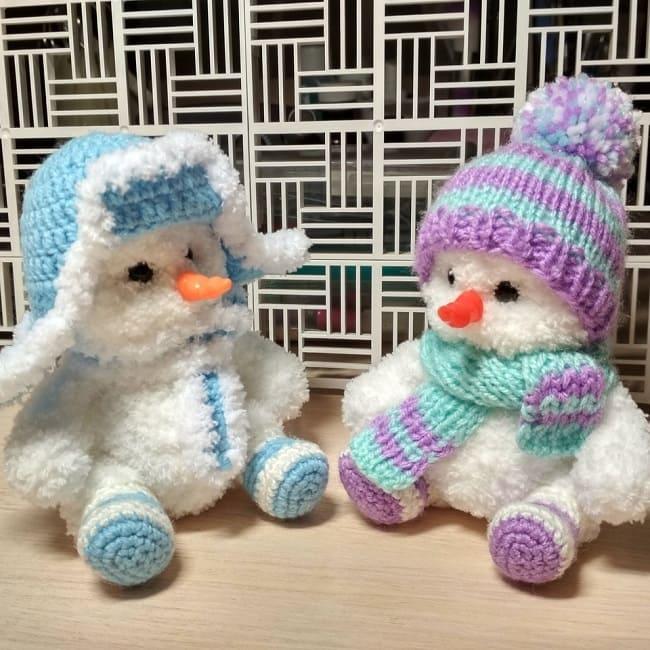 Вязаный снеговики амигуруми
