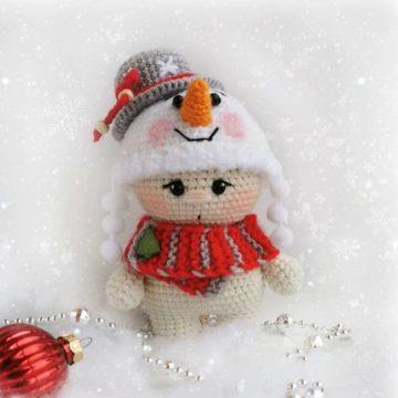 Малыш Снеговичок амигуруми