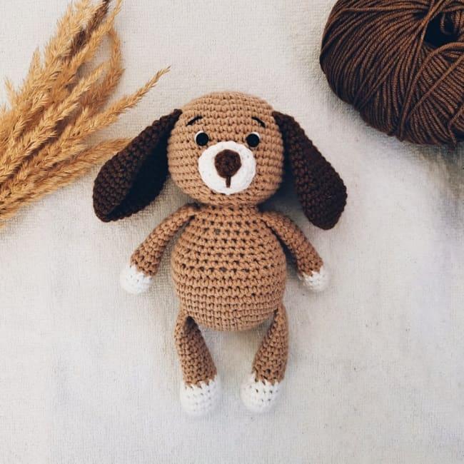 Вязаная собачка амигуруми